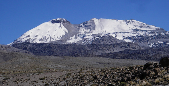 arequipa-volcan-sabancaya